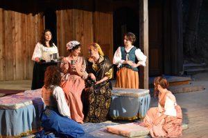 Merchant Portia and attendants
